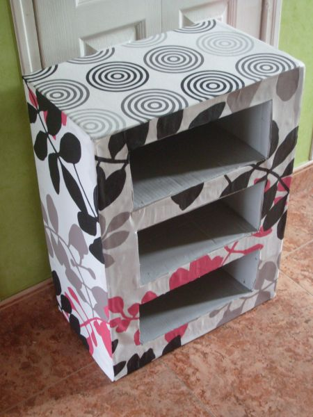 meuble en carton made by mademoiselle. Black Bedroom Furniture Sets. Home Design Ideas